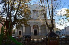 La Chiesa Santa Maria Consolatrice. Situata di fronte alla piazzetta