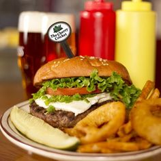 A Denver icon since 1945, the Cherry Cricket is famous for its crazy burger add-ons, like peanut butter and pineapple. Don't knock it until you've tried it! Crazy Burger, Amazing Burger, Road Trip Food, Burger Places, Good Food, Yummy Food, Lunches And Dinners, Places To Eat, Great Recipes