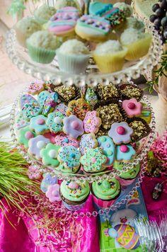 Easter birthday cookies