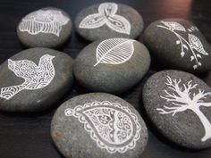 pebble art -- we should do this when the weather warms up!