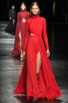 Prabal Gurung Fall 2014 Ready-to-Wear Collection Slideshow on Style.com. Nieves Alvarez would pull off this look with aplomb.