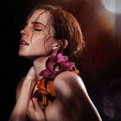 Emma Watson Muestra Su Lado Salvaje  http://mundox2.com/?p=1250