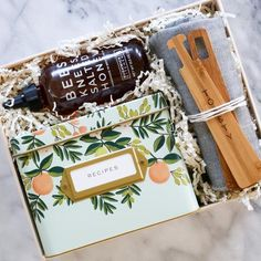 Send personalized gift boxes to friends and family with BOXFOX. Shop our prepacked curations, Build A custom BOXFOX, or customize corporate gift boxes. Peach Bellini, Happy New Home, New Neighbors, New Homeowner, Hand Wrap, Corporate Gifts, House Warming, New Homes, Gift Wrapping