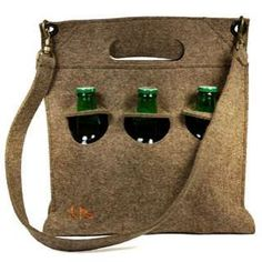 eco beer carrier seems like something that could be made from a felted or wool material for a fella for Christmas...if I got started this summer!