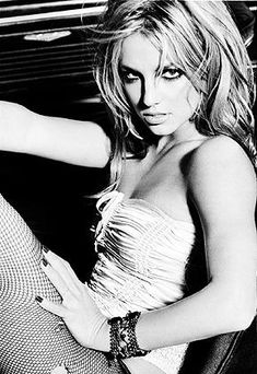 Britney Spears GQ Phootoshoot (2003)