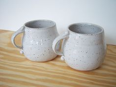 Glossy White Speckled Stoneware Latte Mugs  - Dorothydomingo