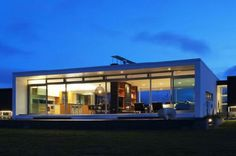 New Zealand Retreat, Modern Style In Solid Boxes Architecture