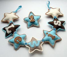 cute idea, badges on a name theme to make mini wee bunting