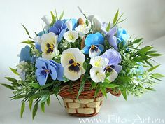 Bouquet of pansies with bindweed - Fito-Art.ru