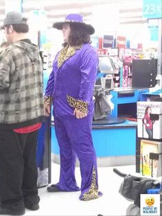 Welcome To Wal Mart, I'll Be Your Guide – 19 Pics