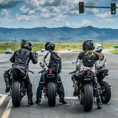 biker Source by Moto Bike, Motorcycle Bike, Super Bikes, 600 Honda, E Motor, Ride Out, Biker Boys, Biker Gear, Epic Fail Pictures