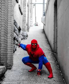 A special thanks to my good friend and incredible photographer Carson Croy @car_croy for taking this amazing pic of my homemade spiderman cosplay on Halloween!!! Thwip Thwip   #spidey #nofilter #halloween #cosplay #instagood #cool #fun #webhead #spiderman #marvel #marvelcosplay #mcu #webhead #spideypose #spideycosplay #spider_murph