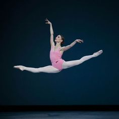 Sydney, jump for joy! Our exhilarating triple bill 20:21 is heading your way in November. Tickets from australianballet.com.au Natasha Kusch in George Balanchine's Symphony in Three Movements. ©The George Balanchine Trust. Lynette Wills