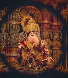 Shri Ganesh Images, Ganesha Pictures, Radha Krishna Images, Lord Krishna Images, Ganpati Photo Hd, Ganpati Bappa Photo, Ganesh Pic, Dagdusheth Ganpati, Ganpati Bappa Wallpapers
