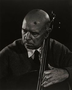 Pablo Casals porYousuf Karsh (1954) Museum of Fines Arts of Boston