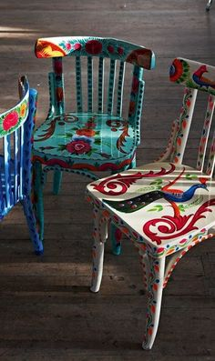 Decorating with chairs