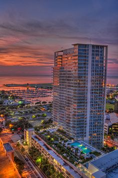 Signature Place Condos at Sunrise, St Petersburg, Florida Downtown St Petersburg, St Petersburg Florida, Florida City, Florida Travel, Orlando Florida, Places To Travel, Places To See, North America Continent, Treasure Island Florida