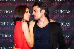 Los actores Antonio Ibañez y Jessica Alejo #abcserrano #chicasparanoicas