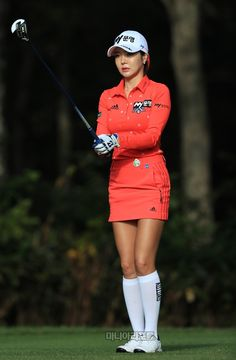 Girl Golf Outfit, Cute Golf Outfit, School Girl Outfit, Girl Outfits, Girls Golf, Ladies Golf, Killer Legs, Golf Player, Lpga