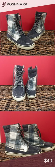 Sperry Hi-Tops Adorable Gray Corduroy & Plaid Sequence Sperry Top-Siders with Fold Down Tongue for Multiple Wear Looks. EXCELLENT CONDITION!! Sperry Top-Sider Shoes