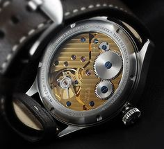 Chronographs have one characteristic in common with men - some of them are really beautiful on the inside :)