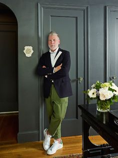 House of Style: At Home With Sartorial Star Nick Wooster Nick Wooster, Mode Masculine, Stan Smith, Suit Fashion, Mens Fashion, Mode Man, Rockabilly Man, Gentleman Style, Stylish Men