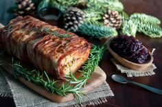 Christmas chicken terrine with bacon and pistachios   Gourmantine