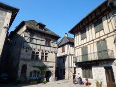 Entraygues sur Truyere, Aveyron,  dept 12