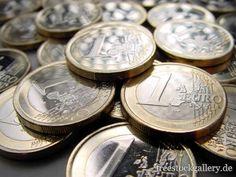 Geld, Euromünzen, Euro als lizenzfreies Bild. Personalized Items, Business, Money, Free Images, Store, Business Illustration