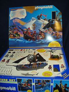Playmobil 3029 Retired RARE Pirate SHIP Set with 5 Figures
