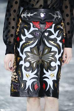 Mary Katrantzou Fall 2016 Ready-to-Wear Accessories Photos - Vogue