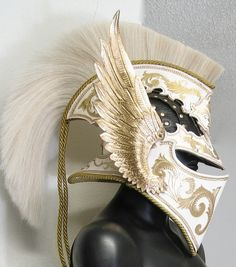 lunostar: The archangel helmet by Azmal. Leatherworking at its finest.http://azmal.deviantart.com/