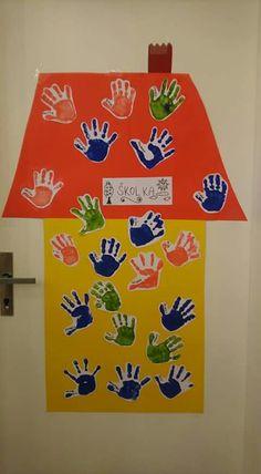 Kids Learning Activities, Autumn Activities, Kindergarten Activities, K Crafts, Daycare Crafts, Fall Preschool, Preschool Crafts, Baby Room Display Boards, Toddler Bulletin Boards