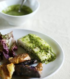 Though you might normally associate chimichurri with grilled steaks, lamb chops and other robust cuts of meat, this garlicky South American herb sauce pairs wonderfully with mild halibut and other lean white fish Chimichurri, Halibut Recipes, Fish Recipes, Healthy Recipes, Delicious Recipes, Small Food Processor, Food Processor Recipes, Fish Dinner, How To Grill Steak