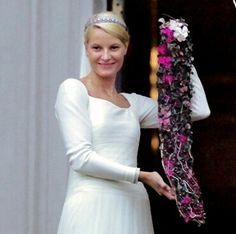 Royal Tiaras, Royal Jewels, Royal Brides, Royal Weddings, Prince Wedding, Norwegian Royalty, Vintage Wedding Photography, Wedding Bouquets, Wedding Dresses