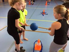 "Nog een opdracht bij expeditie Robinson tijdens de <a class=""pintag searchlink"" data-query=""%23gymles"" data-type=""hashtag"" href=""/search/?q=%23gymles&rs=hashtag"" rel=""nofollow"" title=""#gymles search Pinterest"">#gymles</a>."