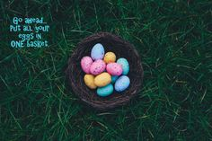19 Easter Traditions to Start With Your Family Traditions To Start, Easter Traditions, Easter Egg Pictures, Ostern Wallpaper, Decoration Originale, Easter Brunch, Easter Weekend, Egg Hunt, Easter Baskets