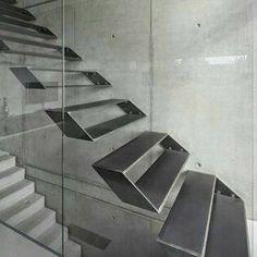 Pasillos, vestíbulos y escaleras de estilo por Schiller Architektur BDA Stair Handrail, Staircase Railings, Staircase Design, Stairways, Staircase Ideas, Blog Architecture, Stairs Architecture, Steel Stairs, Concrete Stairs