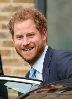 Prince Harry Photos - Prince Harry Visits Mildmay Hospital - Zimbio