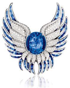 Verdura Phoenix Brooch from the jewelry salon.