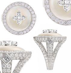 LOUIS VUITTON, bague de la collection Chain Attraction - pierre de lune, diamant central taille Flower Cut, diamants, monture en or blanc