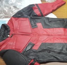 Deadpool Cosplay / Costume or Motorcycle Suit Replica, in Cordura/Leather or Full Leather **Movie Release Price Drop - Kids Costumes Deadpool Mask, Deadpool Cosplay, Lady Deadpool, Female Deadpool, Deadpool Stuff, Anime Cosplay, Art Costumes, Cosplay Costumes, Wonder Woman