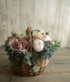 Vintage Flower Arrangements, Wedding Gift Baskets, Wicker Picnic Basket, Flower Basket, Floral Bouquets, Easter Baskets, Hana, Silk Flowers, Rustic Wedding