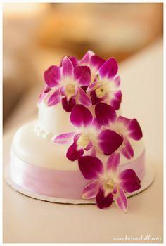beautiful purple orchid wedding cake maui weddings by simple maui wedding