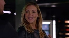 protect laurel lance at all costs!