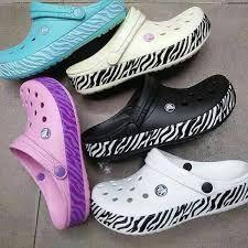 3a0581d5ec Las 17 mejores imágenes de Crocs Mujer en 2018   Slippers, Filet ...