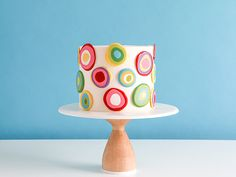 Mod polka dot cake