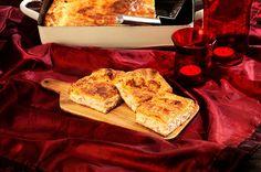 Χριστουγεννιάτικη ζαμπονοτυρόπιτα Food Categories, Ratatouille, Finger Foods, Food Styling, French Toast, Food And Drink, Cooking Recipes, Bread, Snacks