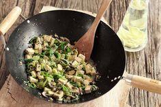Das Rezept für Lauch-Tofu-Wok mit allen nötigen Zutaten und der einfachsten Zubereitung - gesund kochen mit FIT FOR FUN