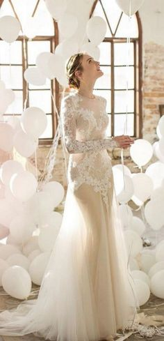 Noya Bridal long sleeves lace wedding dress / http://www.deerpearlflowers.com/lace-wedding-dresses-and-gowns/3/